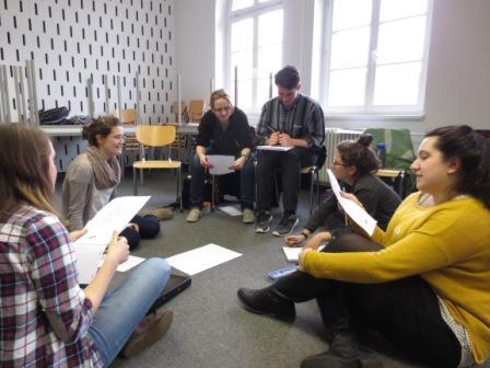 """Peer Learning Situation im Seminar """"Wissen schaffen im Team"""""""